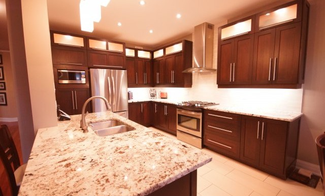 854 Percifor Way Kitchen 5